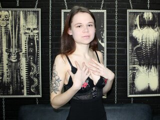 AkiraPlays show naked jasminlive