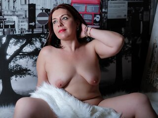 MaryRightQX shows video nude